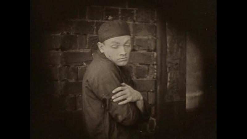Сломанные побегиBroken Blossoms or The Yellow Man and the Girl (1919, Дэвид Уорк Гриффит)