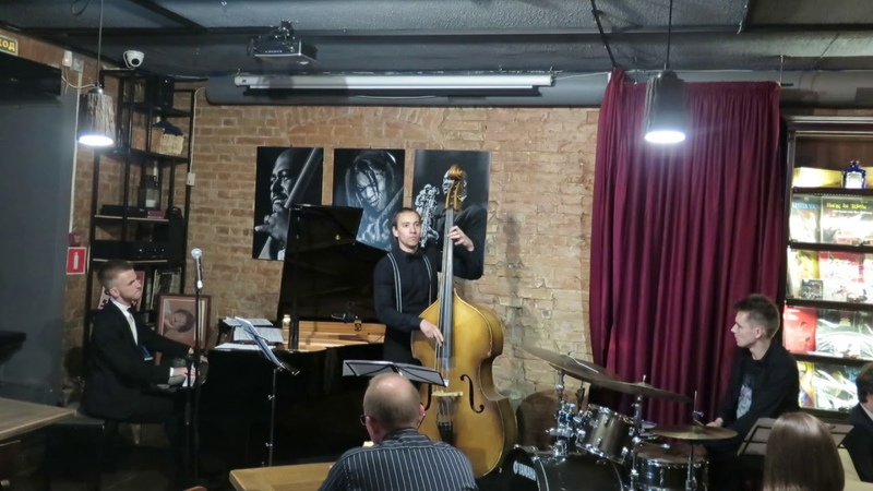 Arseny Vladimirov Trio - Paul McCartney - Blackbird (LIVE at ESSE JAZZ CLUB)