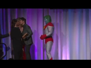 Ian getting award from captain planet