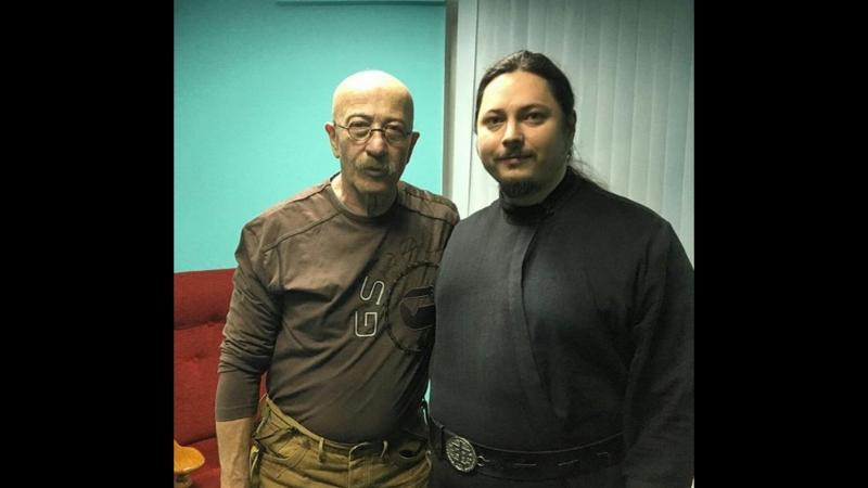 Отец Фотий на концерте Александра Розенбаума в Обнинске 22.02.2018.