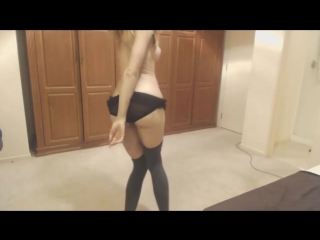 Missalice94 - booty dancing