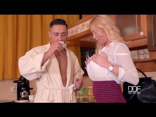 Dona bell coffee creamer [porn, big tits, all sex, blonde, oral]