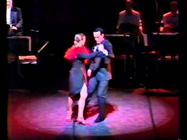 María y Carlos Rivarola FUEGOS ARTIFICIALES tango de Roberto Firpo