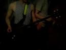 Василий Ампилогов играет на бас гитаре Слава 15 4 2016