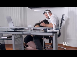 Красивая секретарша помогла расслабиться / sarah highlight - personal assistance required (all sex, oral, big tits, порно, секс)