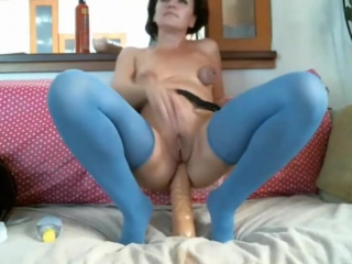 Webcam crazy girl with a big bottle in anal [ amateur, closeup, masturbation, toys, posing, gaping, anal ]
