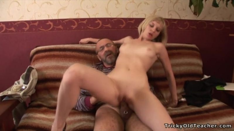dushe-video-pomog-s-kursovoy-porno-video-analnimi