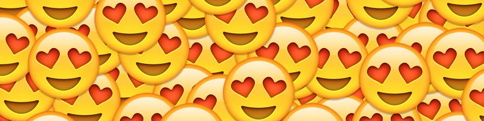 купить фотки со смайлами сердечками четырёхсот