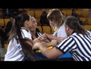 Снежана Бабаева борется на левой руке Чемпионат Мира По Армрестлингу 2011 год