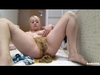 Smearing very hot! [scat]