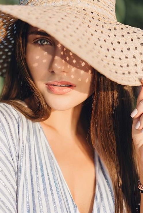 Rozhden Anusi - Galina Prystash - Bachelor Ukraine - Updates - Discussion  - Page 8 UWaXz5MshWc