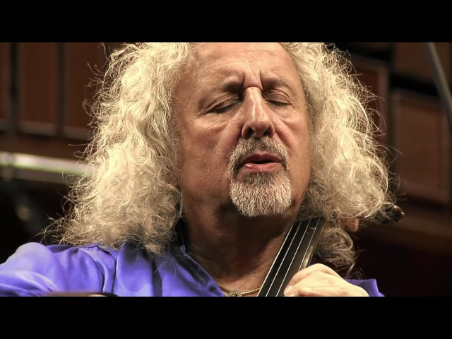Mischa Maisky Jacek Kaspszyk perform Antonín Dvořáks Cello Concerto in B minor, Op. 104, B. 191