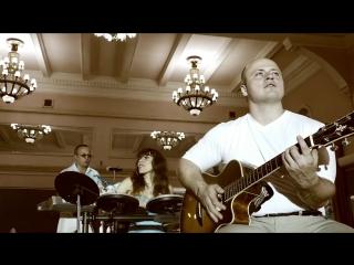 ANDREW DORIANE -  CHRISTMAS FAR FROM HOME-РОЖДЕСТВО ВДАЛИ ОТ ДОМА (official video)