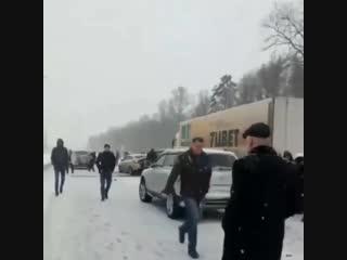 """ДТП на М-4 """"Дон"""" под Ростовом."""