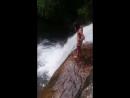 Водопад в дождевом лесу Синхараджа
