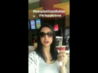 Say no to plastic, use biodegradable products... make wiser choices for our environment Via Sanayas Insta Story. SanayaIrani Say