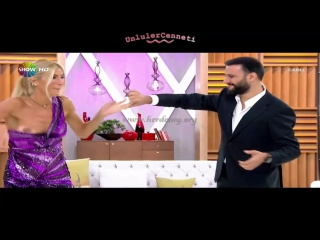 Çağla şikel ooops - (turkish tv celeb)