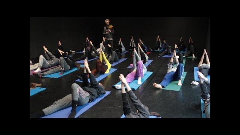 The Feldenkrais Method with Teri Weikel / students and teachers