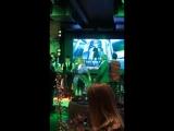 milusikst: Алла Пугачева и Николай Басков на празднике желтых цветов.(vk.com/allaprimadonna)