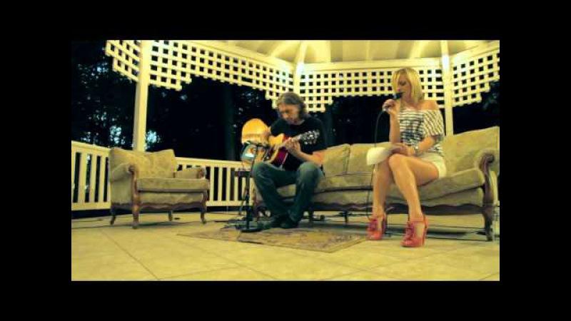 Rihanna I Love The Way You Lie acoustic cover by Tijana Branko LIVE