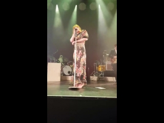 Florence + The Machine — Only If For A Night (Live at Victoria Theatre, Halifax | 05.05.2018)