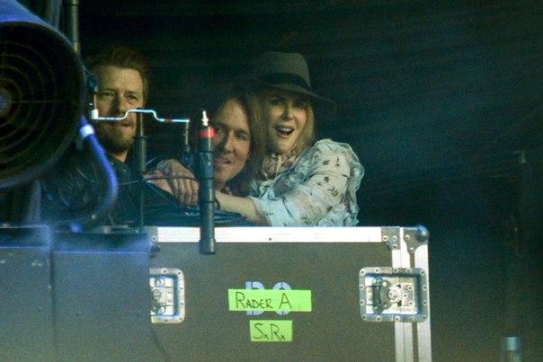 Николь Кидман и Кит Урбан не отходили друг от друга ни на шаг во время концерта