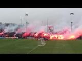 Фанаты Аякса зажгли  на тренировке перед завтрашней игрой с Фейеноордом