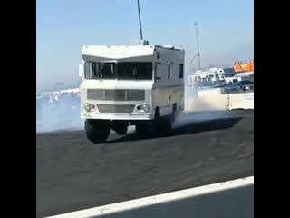 Оффроуд-дом на колёсах для дрифта! NDNF
