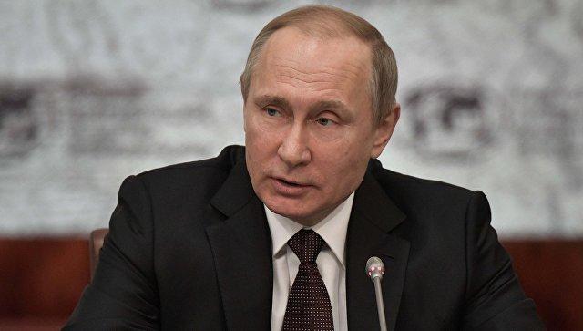 Путин наградил Марка Захарова