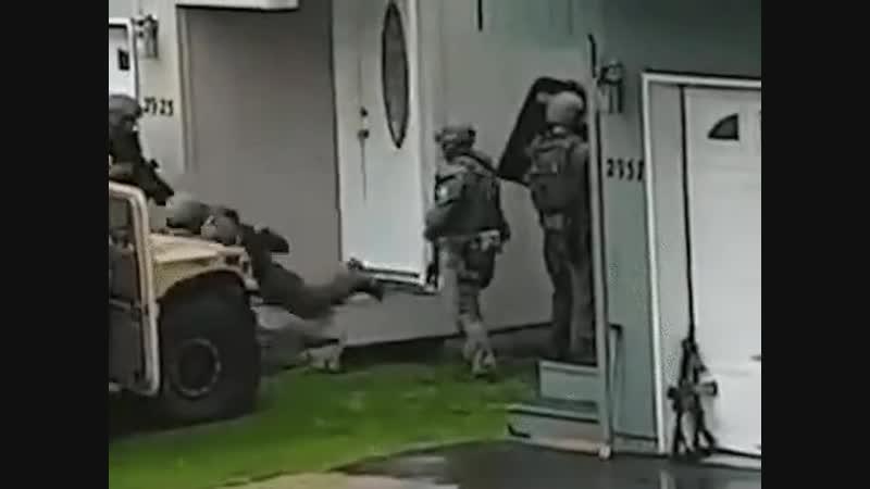 Ботинки — важная часть снаряжения любого бойца.