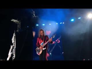 Metallica - Группа Крови (live, Москва, Лужники, )