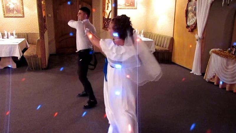 Первый танец молодоженов на свадьбе 2019