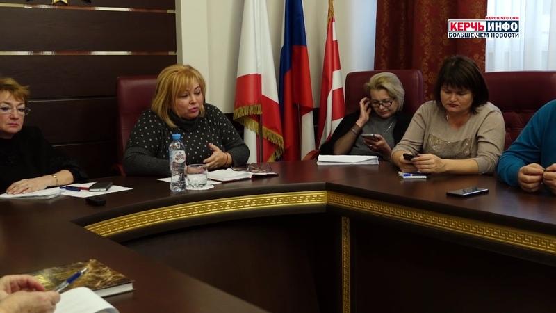 Мая ХУЖИНА провела встречу с керченскими блогерами