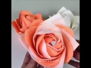 Цветы из салфеток на стол. Легко и просто!
