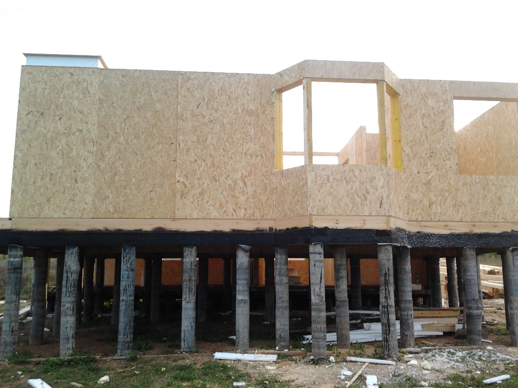 Как мы строим: обустройство эркера в доме из СИП