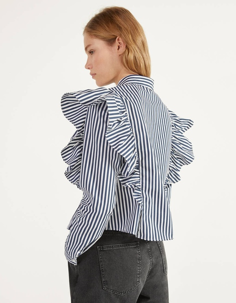 Рубашка из поплина с воланами