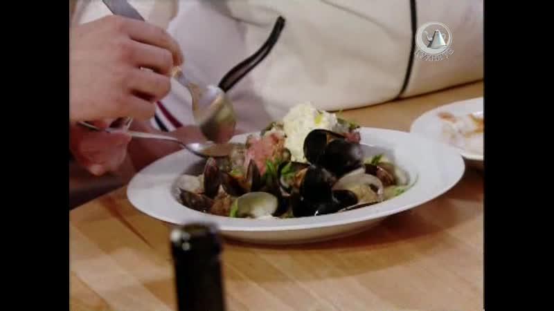 Жить вкусно с Джейми Оливером. 35 серия: тосканский суп паппа аль помодоро, китайский куриный суп, рыбный суп по французки
