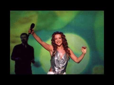 Regina - Ljubezen Daje Moc (EMA 2002)