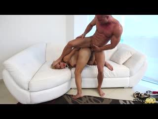Trans500 / TS Girlfriend Experience / Naomi Chi Takes That Hardcore Dick