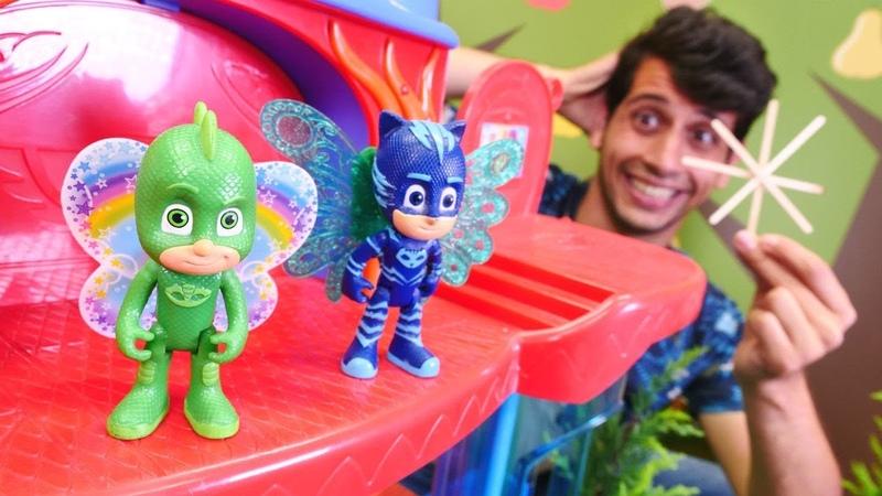 Pj Mask oyuncakları. Kertenkele Çocuk ve Kedi Çocuk uçmayı deniyorlar! Çocuk videoları