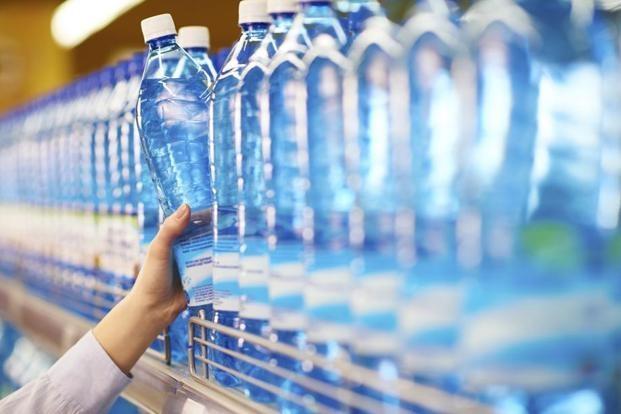 Почему нужно ВСЕГДА проверять срок годности бутилированной воды