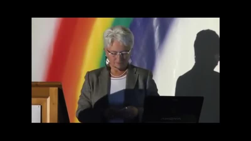 Eine sehr mutige Frau ▶ Verraten, verkauft, verloren ▶ Vortrag zum Buch Teil .mp4