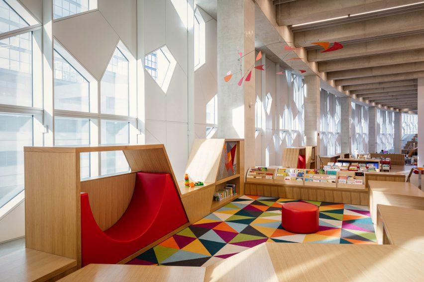 Публичная библиотека Калгари, Канада