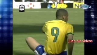 RONALDO, RONALDINHO VS ORTEGA Y VERON - ARGENTINA 2 BRASIL 0