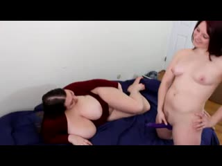 5484004_huge_boob_lesbian_strap_on.mp4
