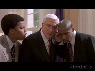 """""""- Это Тупак Шакур, сэр - А, я знаю эту запись, чумовой музон!"""" Лесли Нильсен (Очень страшное кино 3) TORCHELLIS"""