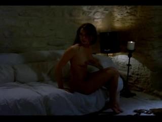 Эротическая сцена из фильма Интимные приключения