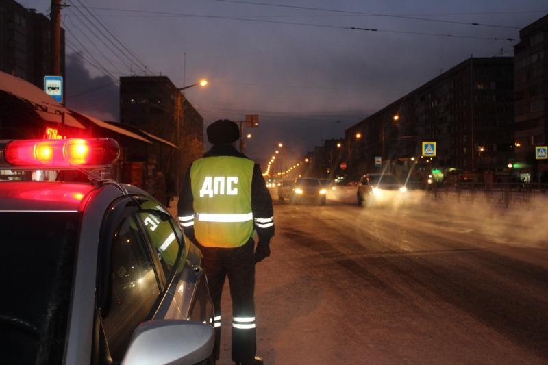 Госавтоинспекция призывает водителей и пешеходов строго соблюдать ПДД