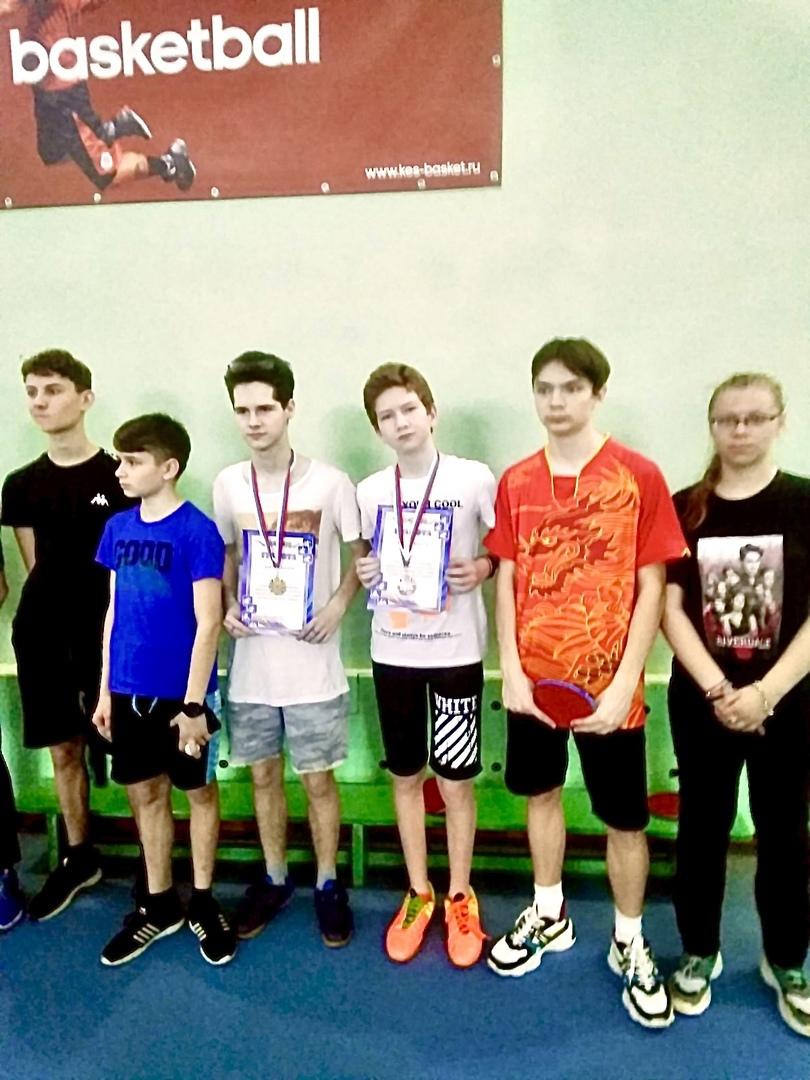 Петровчане стали призёрами открытого первенства по настольному теннису