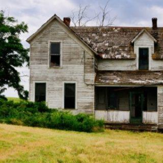 Покупаем дом с чердаком?